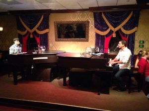 Dueling-Pianos-at-Johnny-Foleys